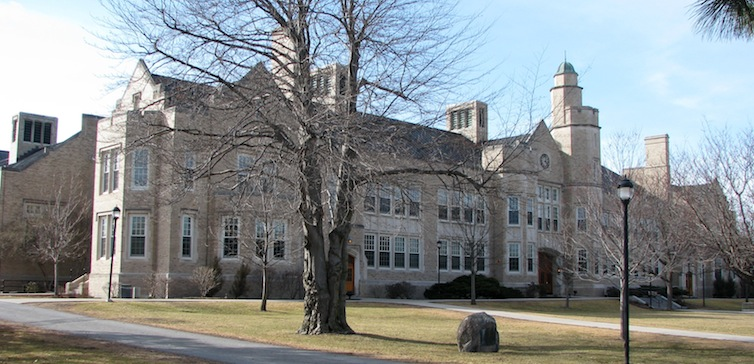 Hawkins_Hall,_State_University_of_New_York_at_Plattsburgh