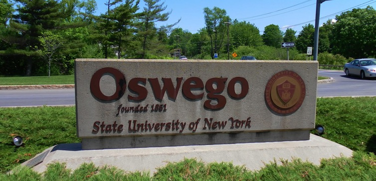 SUNY Oswego sign