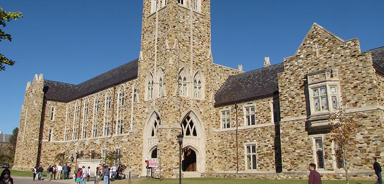 rhodes-college-campus-feat