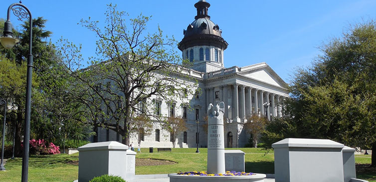South-Carolina-State-House-memorial-feat