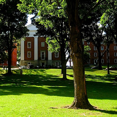 Amherst College Settles with Student Who Sued Over Withheld Diploma