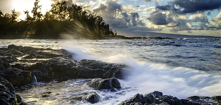 Hilo Bay Hawaii-feat
