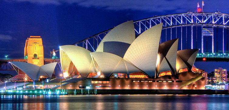 SydneyOperaHouse-feat