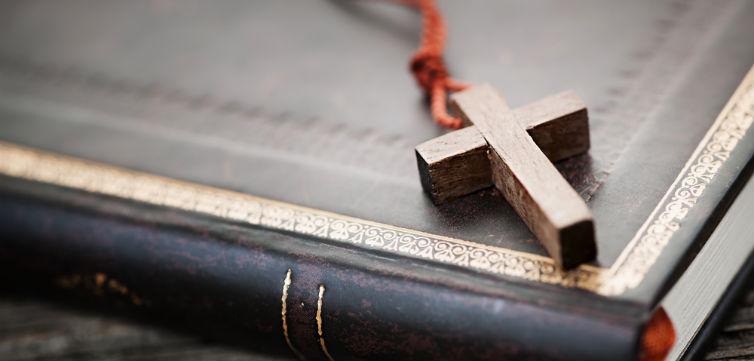 BibleCross-feat