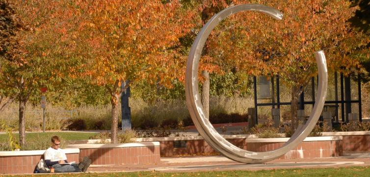 BoiseStateSculpture-feat