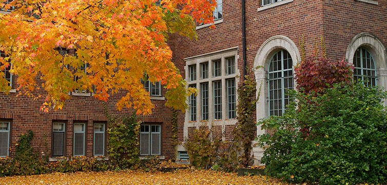 fall-campus-generic-feat