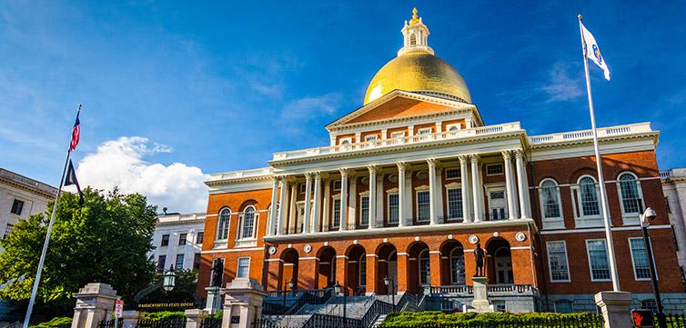 Massachusetts legislature building-feat