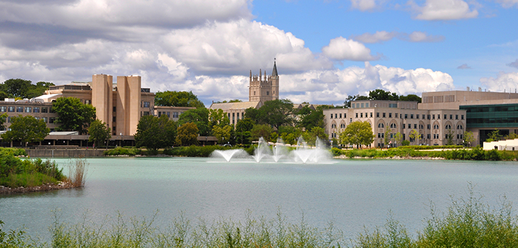 Northwestern-university-campus-lake-view-feat