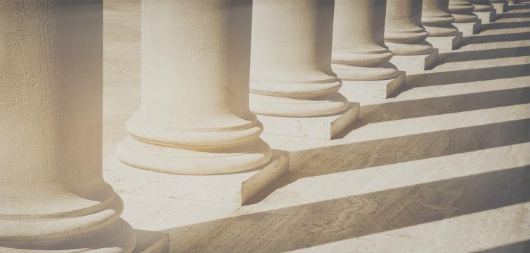 columns scotus feat