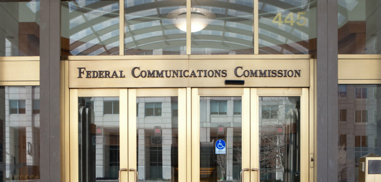 FederalCommunicationsCommissionFCC-feat