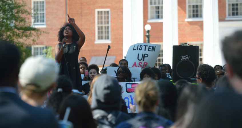 At Ole Miss, Free Speech Helps Heal Wounds of Segregationist Past