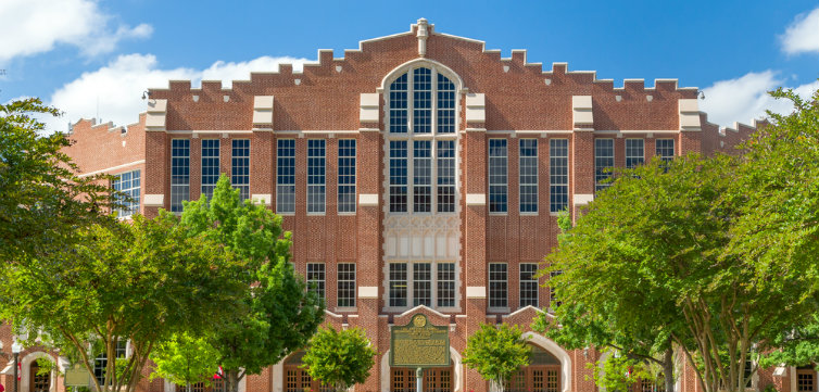 University of Oklahoma CREDIT Ken Wolter Shutterstock.com feat
