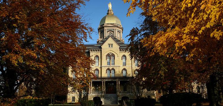 Notre-Dame-University-Campus-754x361
