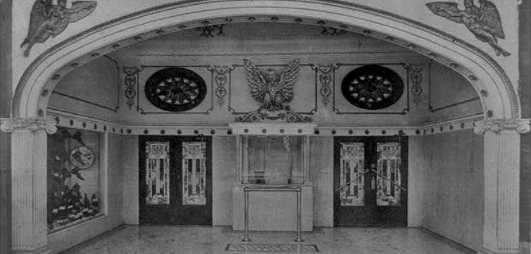 Chicago theater feature