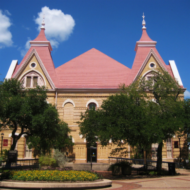 Students, faculty, and administrators launch attack on Texas State University newspaper