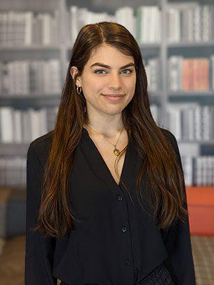 Gianna Manela