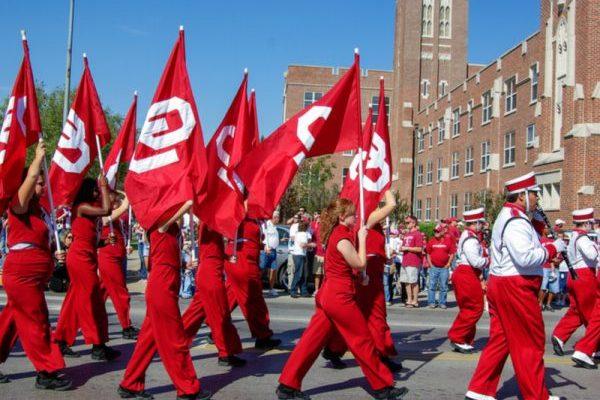 OU Students at Parade Gau Meo/Shutterstock.com